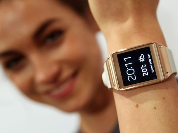 Galaxy Gear under £125 this weekend at o2