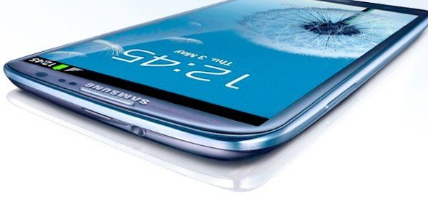 Verizon & AT&T Galaxy S3 customers at disadvantage