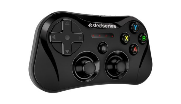 iOS 7 SteelSeries Stratus controller for the hardcore gamer pic 1