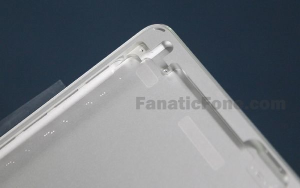 iPad 5 design like mini with rear shell pic 2