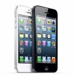 iPhone 5 ridiculous delivery time, contracts favoured