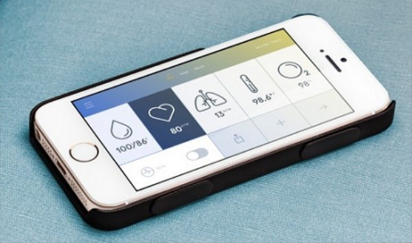 iPhone 5S, 5, and 4S Wello case tracks health at a price