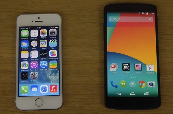 iPhone 5S iOS 7.1 vs Nexus 5 Android 4.4.2 KitKat boot up speeds