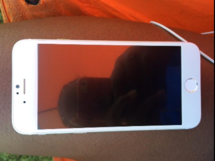 iPhone 6 images claimed to be real d