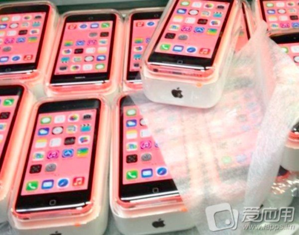 iphone-5c-plentiful-leaks
