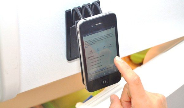 iPhone and Android FUMM accessory is a universal mount