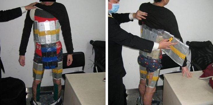 Smuggler busted with 94 iPhone's found strapped to his body