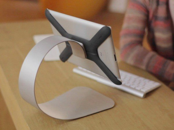 Apple iPad MagBak and Boomerang mount choice