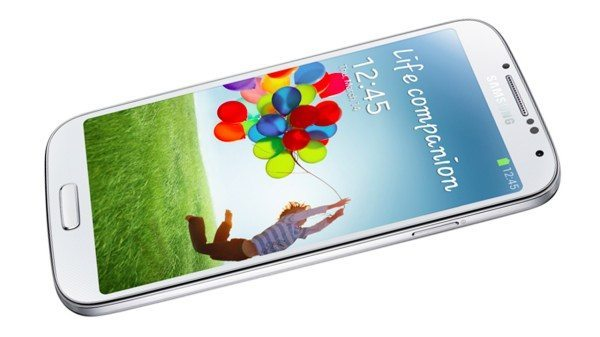 Micromax Canvas 4 vs Samsung Galaxy S4 in competitiveness