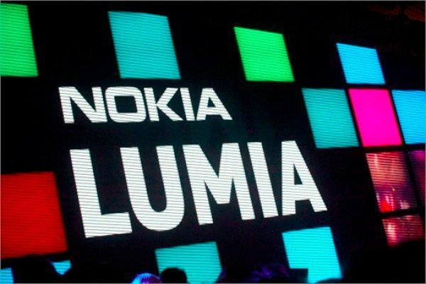 Nokia Lumia 928 a step closer as accessories arrive
